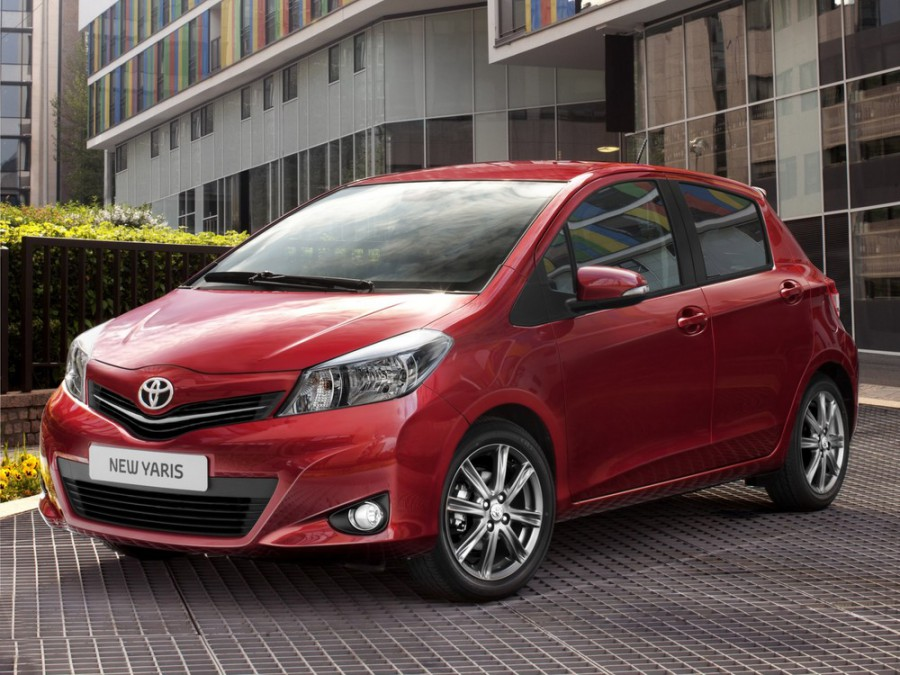 Toyota Yaris хетчбэк 5-дв., 2011–2016, U - отзывы, фото и характеристики на Car.ru