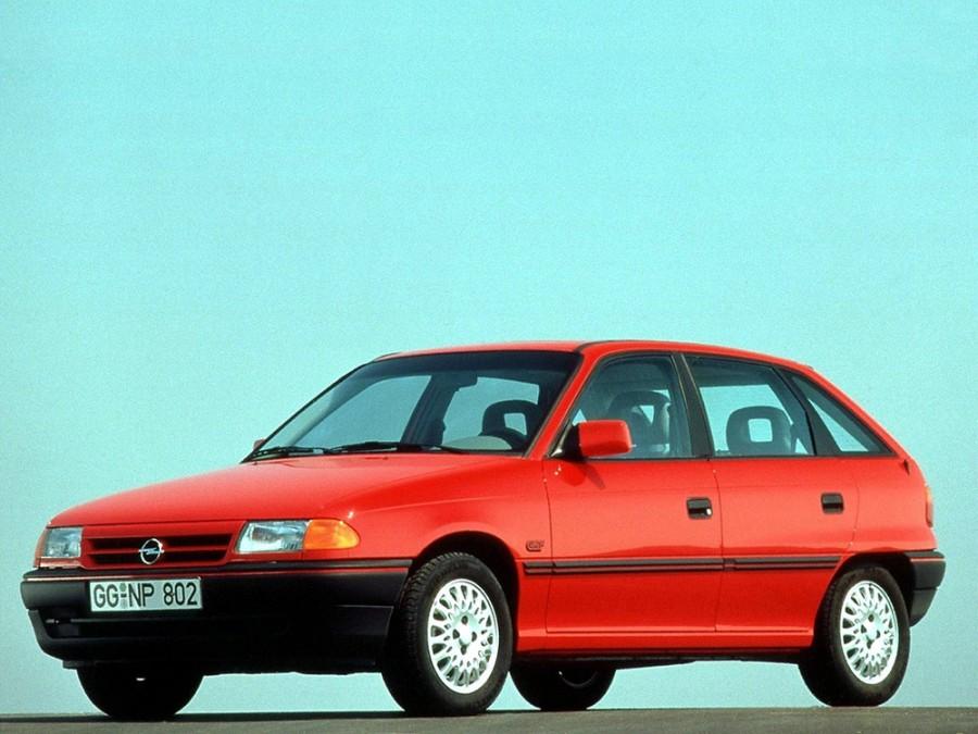 Opel Astra хетчбэк 5-дв., 1991–1994, F - отзывы, фото и характеристики на Car.ru