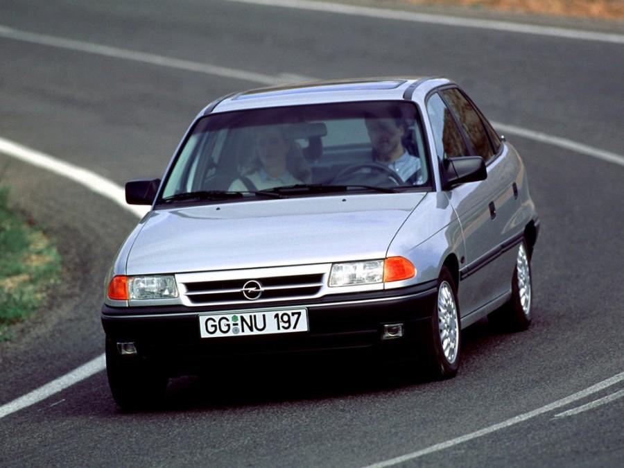 Opel Astra седан, 1991–1994, F - отзывы, фото и характеристики на Car.ru