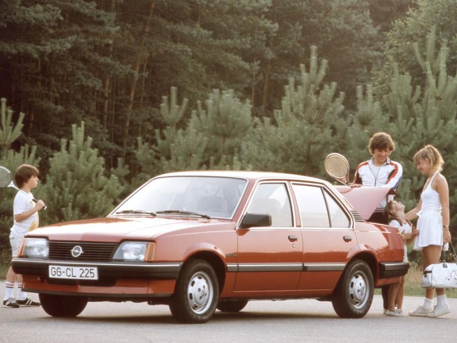 Opel Ascona седан 4-дв., 1981–1988, C - отзывы, фото и характеристики на Car.ru