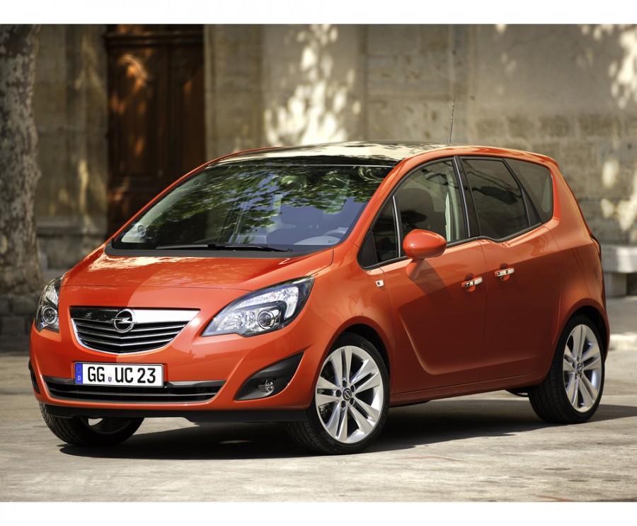 Opel Meriva минивэн, 2010–2014, 2 поколение - отзывы, фото и характеристики на Car.ru