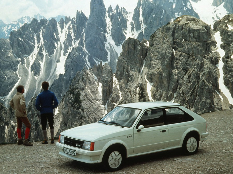 Opel Kadett GT/E хетчбэк 3-дв., 1979–1984, D - отзывы, фото и характеристики на Car.ru