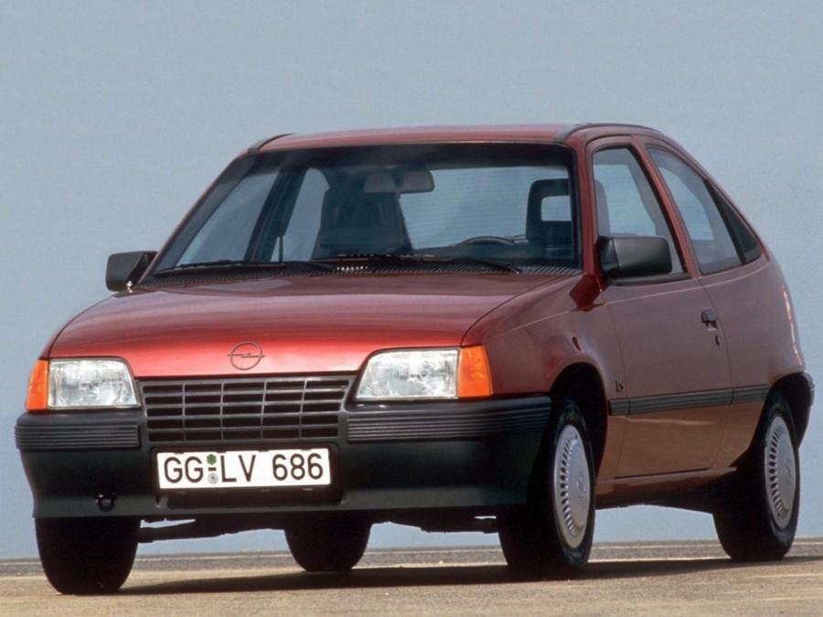 Opel Kadett хетчбэк 3-дв., 1983–1991, E - отзывы, фото и характеристики на Car.ru