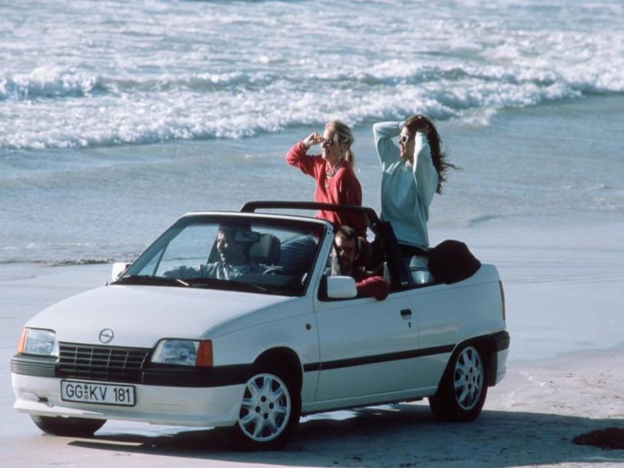 Opel Kadett кабриолет, 1983–1991, E - отзывы, фото и характеристики на Car.ru