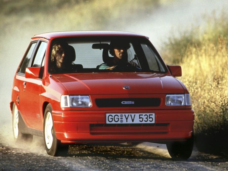 Opel Corsa GSi хетчбэк 3-дв., A [2-й рестайлинг] - отзывы, фото и характеристики на Car.ru