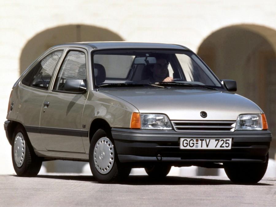 Opel Kadett хетчбэк 3-дв., E [рестайлинг] - отзывы, фото и характеристики на Car.ru