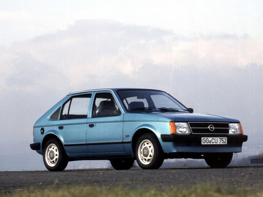 Opel Kadett хетчбэк 5-дв., 1979–1984, D - отзывы, фото и характеристики на Car.ru