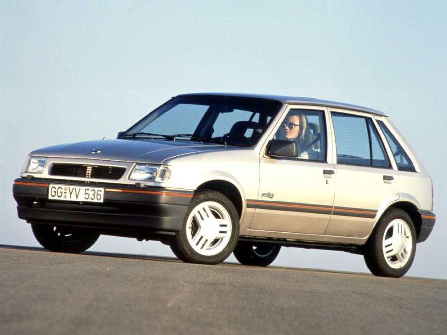 Opel Corsa хетчбэк 5-дв., A [2-й рестайлинг] - отзывы, фото и характеристики на Car.ru