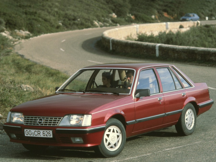 Opel Senator седан, A [рестайлинг] - отзывы, фото и характеристики на Car.ru