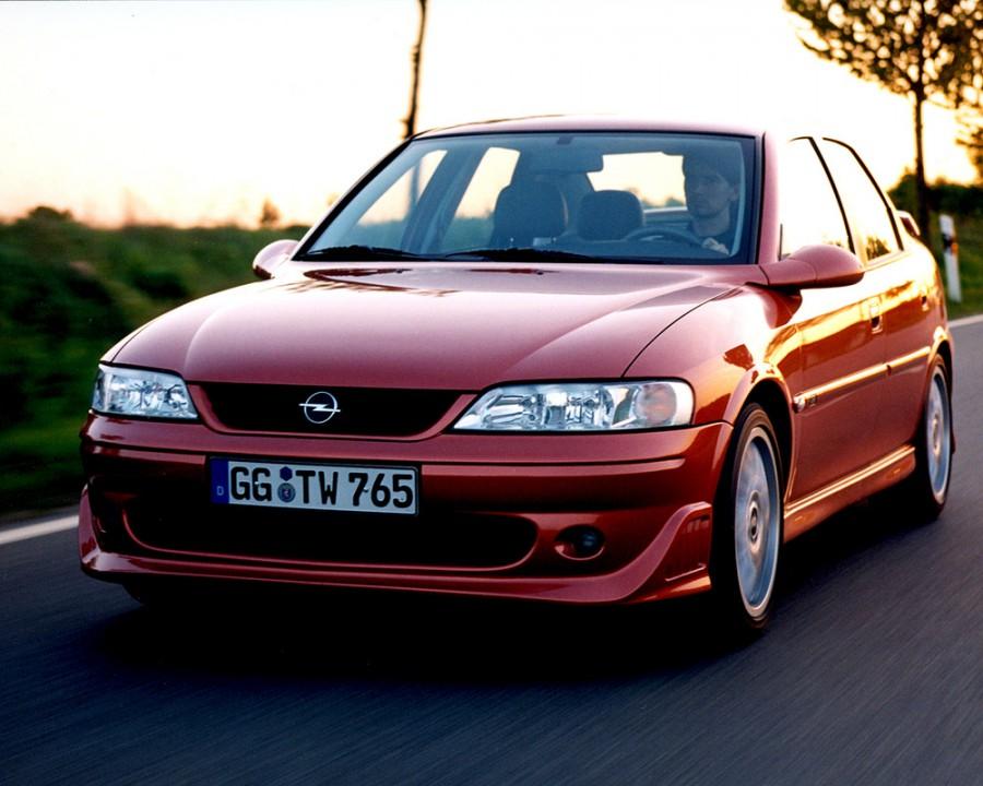 Opel Vectra i500 седан 4-дв., 1999–2002, B [рестайлинг] - отзывы, фото и характеристики на Car.ru