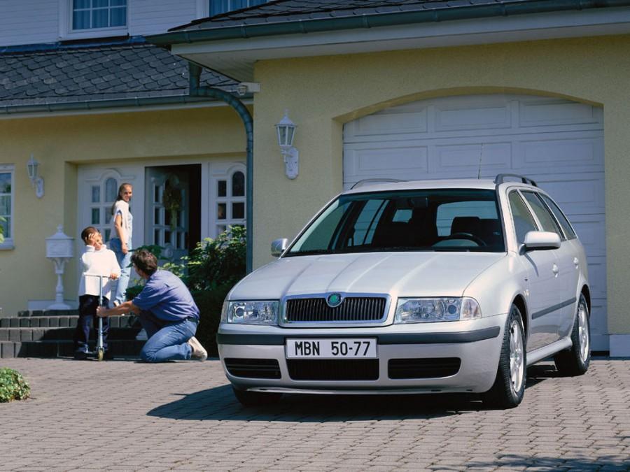 Skoda Octavia универсал 5-дв., 2000–2010, 1 поколение [рестайлинг] - отзывы, фото и характеристики на Car.ru