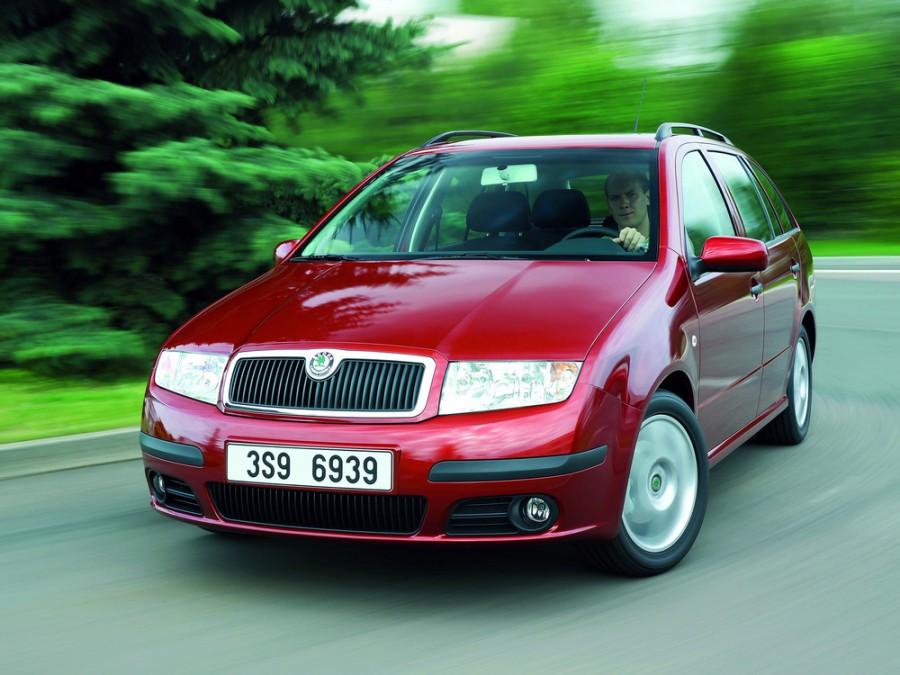 Skoda Fabia Combi универсал, 2002–2007, 6Y [рестайлинг] - отзывы, фото и характеристики на Car.ru