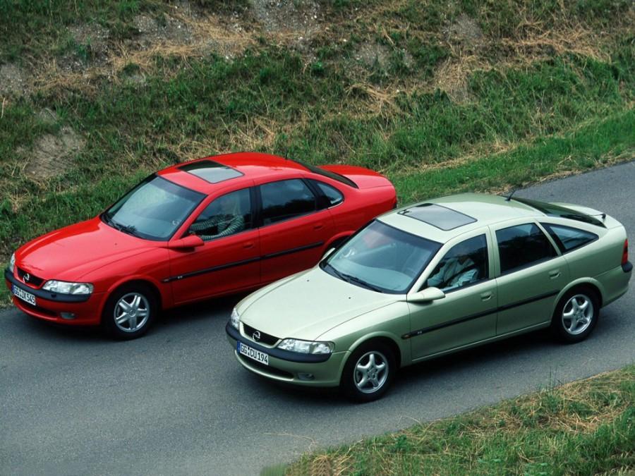 Opel Vectra хетчбэк, 1995–1999, B - отзывы, фото и характеристики на Car.ru