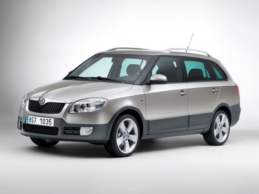 Skoda Fabia Combi Scout универсал 5-дв., 2007–2010, 5J - отзывы, фото и характеристики на Car.ru