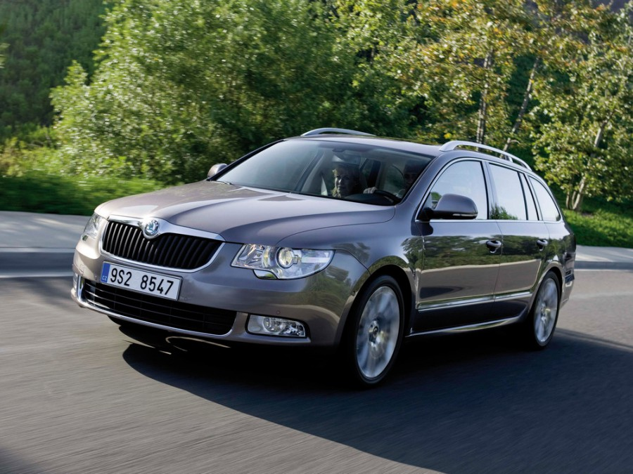 Skoda Superb универсал, 2008–2013, 2 поколение - отзывы, фото и характеристики на Car.ru