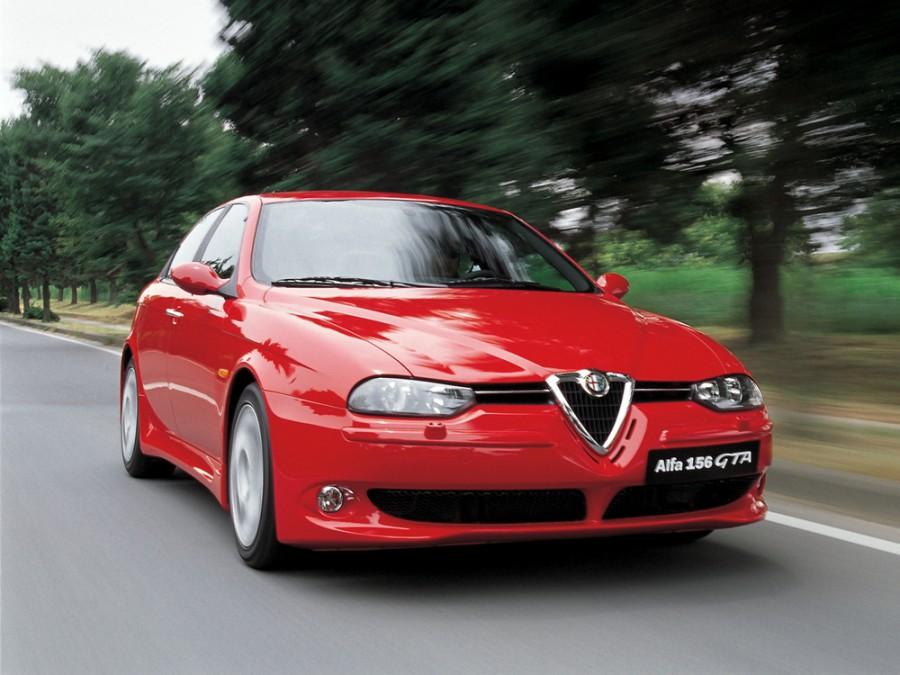 AlfaRomeo 156 GTA седан 4-дв., 2002–2007, 932 [рестайлинг] - отзывы, фото и характеристики на Car.ru