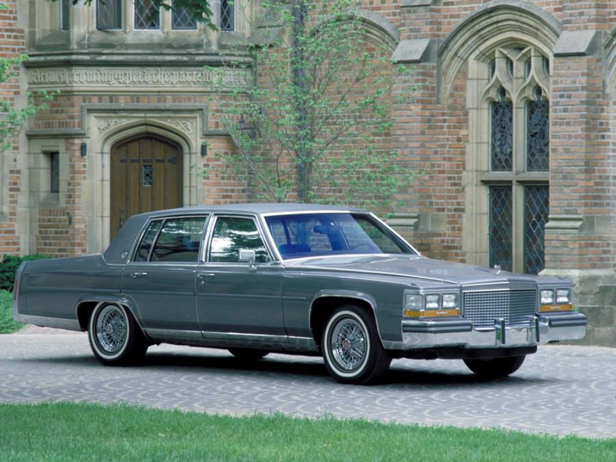Cadillac Brougham седан, 1993–1996, 1 поколение - отзывы, фото и характеристики на Car.ru