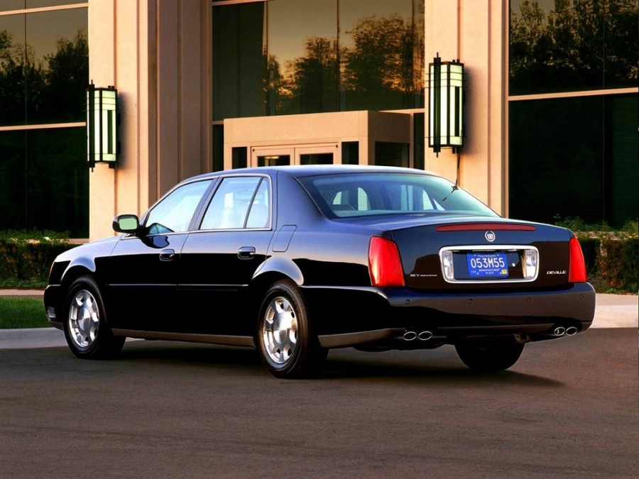 Cadillac De Ville седан, 1999–2006, 11 поколение - отзывы, фото и характеристики на Car.ru