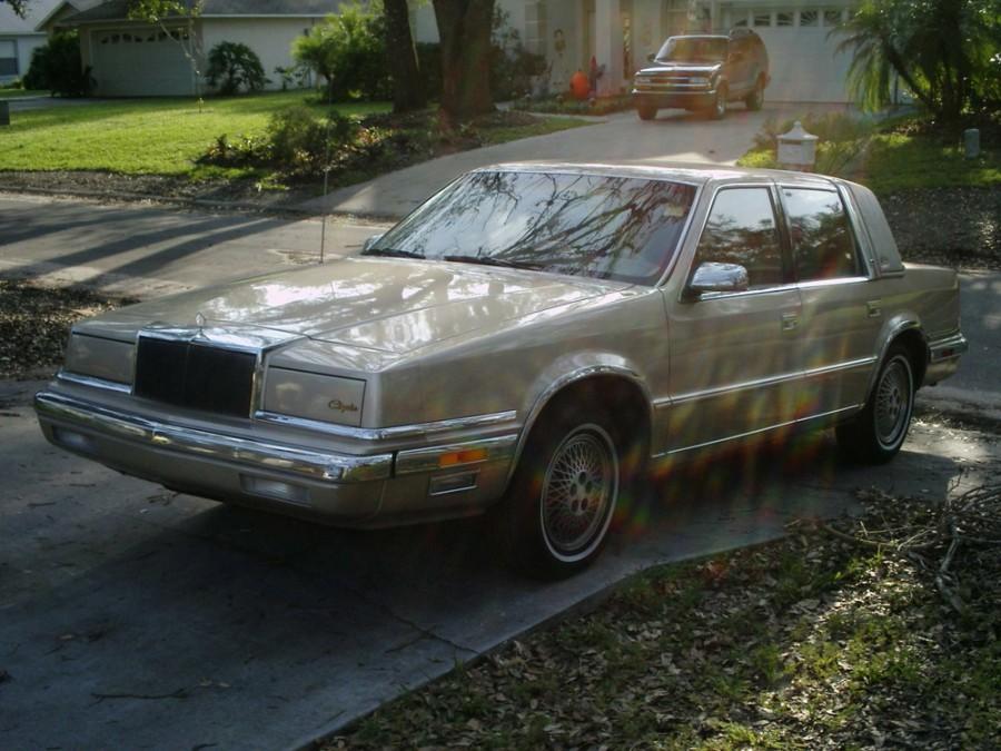 Chrysler Fifth Avenue седан, 1990–1993, 2 поколение - отзывы, фото и характеристики на Car.ru