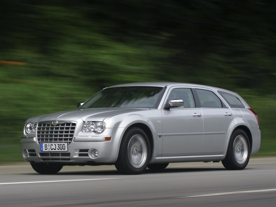 Chrysler 300C универсал, 2005–2011, 1 поколение - отзывы, фото и характеристики на Car.ru