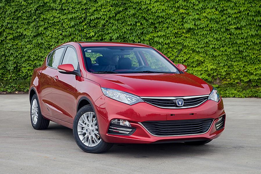 Changan Eado XT хетчбэк, 2011–2016, 1 поколение - отзывы, фото и характеристики на Car.ru