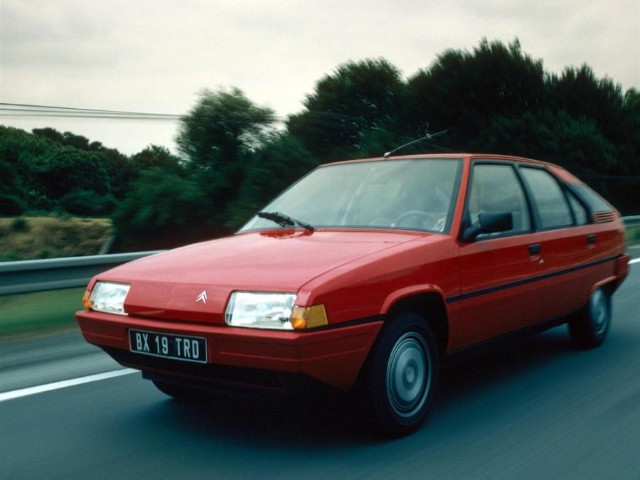 Citroen BX хетчбэк, 1982–1994, 1 поколение - отзывы, фото и характеристики на Car.ru