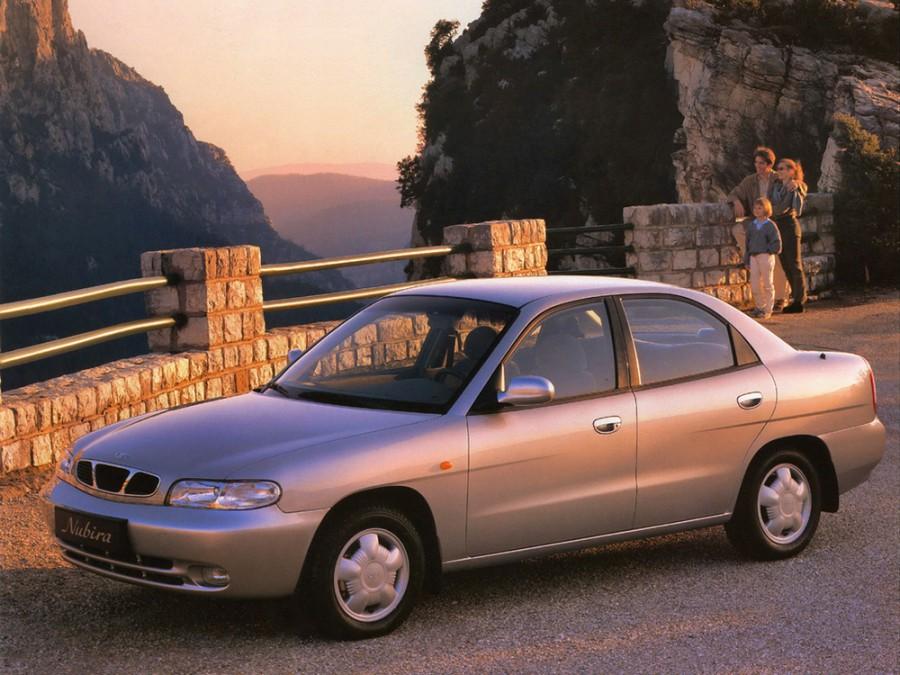 Daewoo Nubira седан, 1997–1999, J100 - отзывы, фото и характеристики на Car.ru