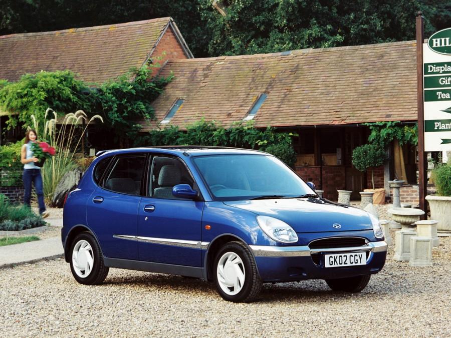 Daihatsu Sirion хетчбэк, 1998–2002, 1 поколение - отзывы, фото и характеристики на Car.ru