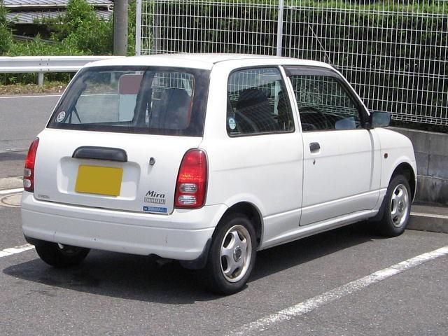 Daihatsu Mira хетчбэк, 1998–2002, 5 поколение - отзывы, фото и характеристики на Car.ru