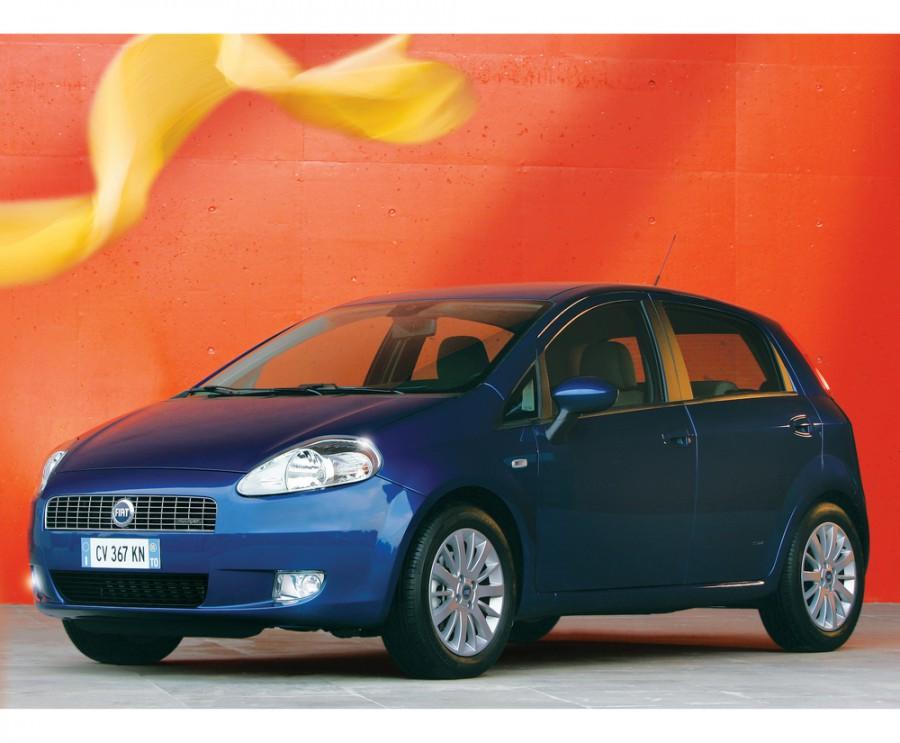 Fiat Punto Grande Punto хетчбэк 5-дв., 2005–2012, 3 поколение - отзывы, фото и характеристики на Car.ru