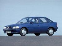 Ford Escort, 5 поколение [рестайлинг], Хетчбэк 5-дв., 1992–1995