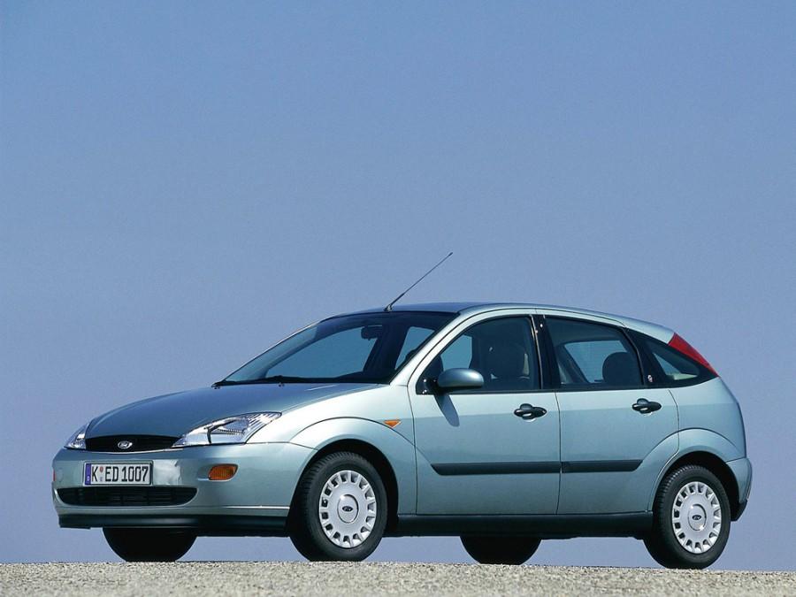 Ford Focus хетчбэк 5-дв., 1998–2004, 1 поколение - отзывы, фото и характеристики на Car.ru