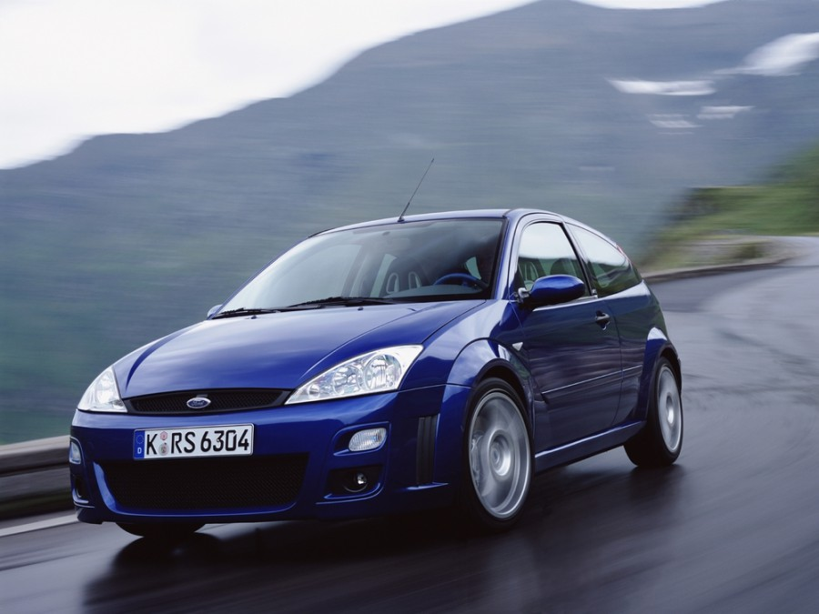 Ford Focus RS хетчбэк 3-дв., 2001–2004, 1 поколение [рестайлинг] - отзывы, фото и характеристики на Car.ru