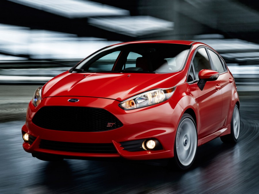Ford Fiesta ST хетчбэк 5-дв., 2013–2016, 6 поколение [рестайлинг] - отзывы, фото и характеристики на Car.ru