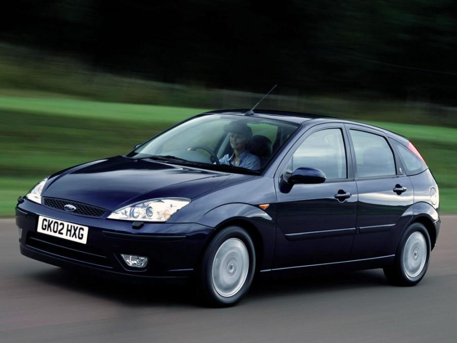 Ford Focus хетчбэк 5-дв., 2001–2004, 1 поколение [рестайлинг] - отзывы, фото и характеристики на Car.ru