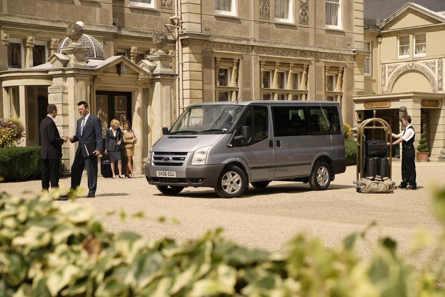 Ford Transit Tourneo микроавтобус 5-дв., 2006–2015, 6 поколение - отзывы, фото и характеристики на Car.ru