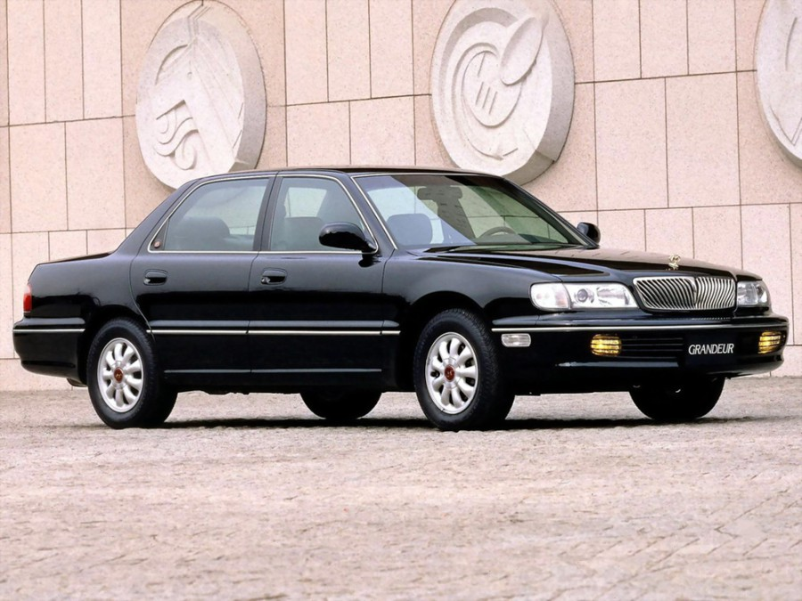 Hyundai Grandeur седан, 1992–1998, LX - отзывы, фото и характеристики на Car.ru