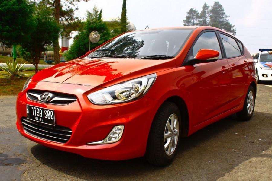 Hyundai Avega хетчбэк, 2011–2016, 1 поколение - отзывы, фото и характеристики на Car.ru
