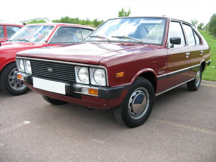 Hyundai Pony седан, 1974–1990, 1 поколение - отзывы, фото и характеристики на Car.ru