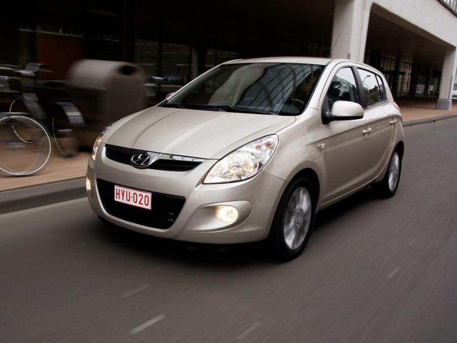 Hyundai i20 хетчбэк 5-дв., 2008–2010, 1 поколение - отзывы, фото и характеристики на Car.ru