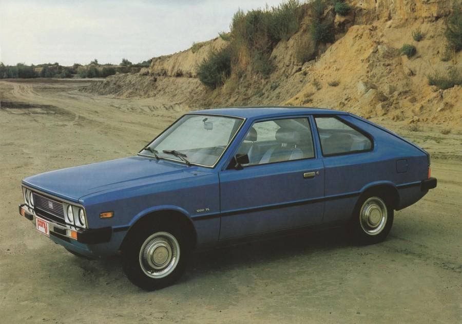 Hyundai Pony хетчбэк 3-дв., 1974–1990, 1 поколение - отзывы, фото и характеристики на Car.ru