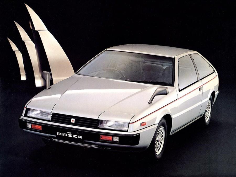 Isuzu Piazza хетчбэк, 1980–1991, 1 поколение - отзывы, фото и характеристики на Car.ru
