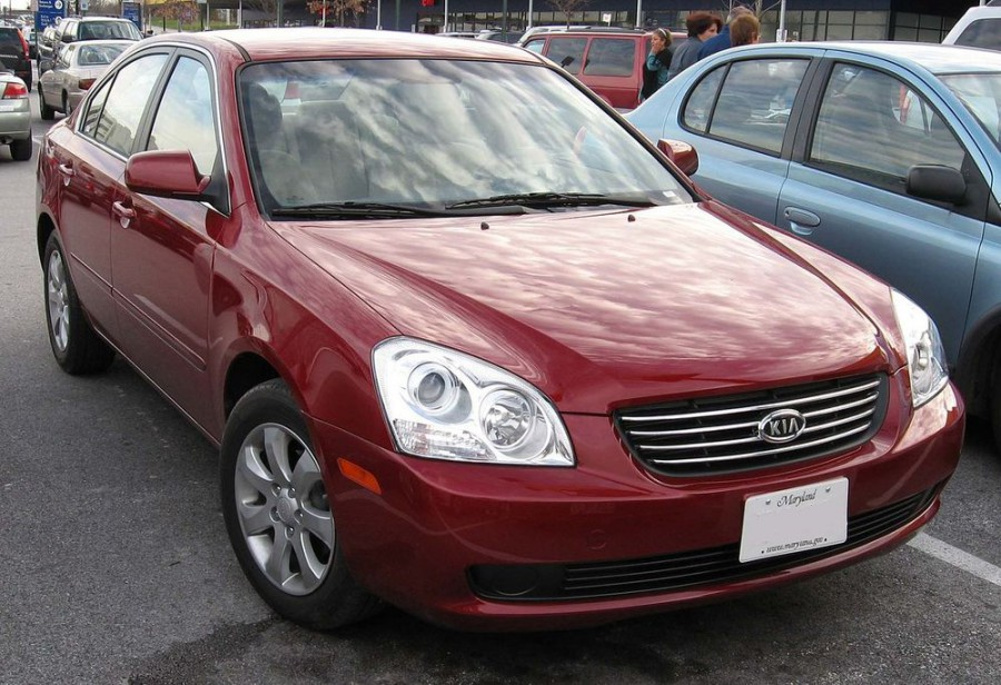 Kia Lotze седан, 2005–2006, 1 поколение - отзывы, фото и характеристики на Car.ru