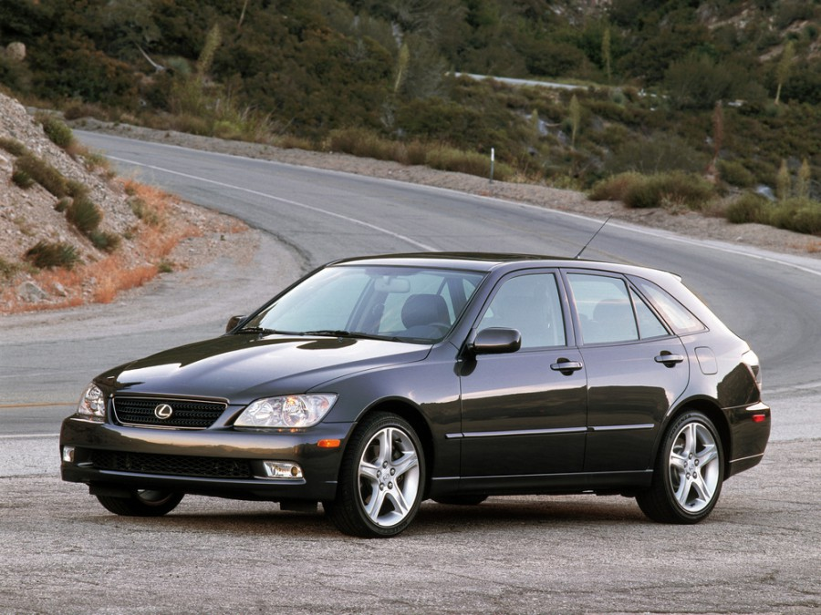 Lexus IS универсал, 1999–2005, 1 поколение - отзывы, фото и характеристики на Car.ru