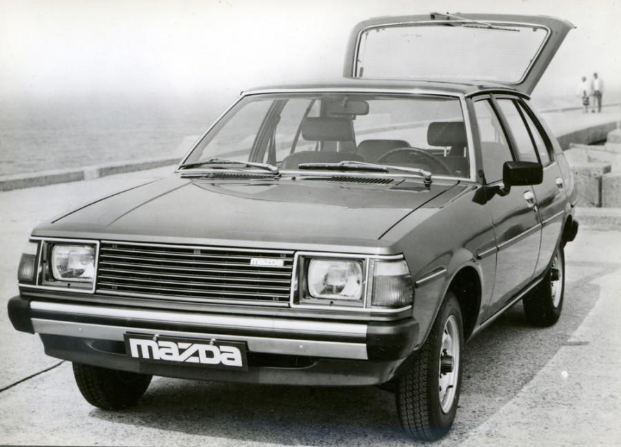Mazda 323 хетчбэк 5-дв., 1979–1986, FA [рестайлинг] - отзывы, фото и характеристики на Car.ru