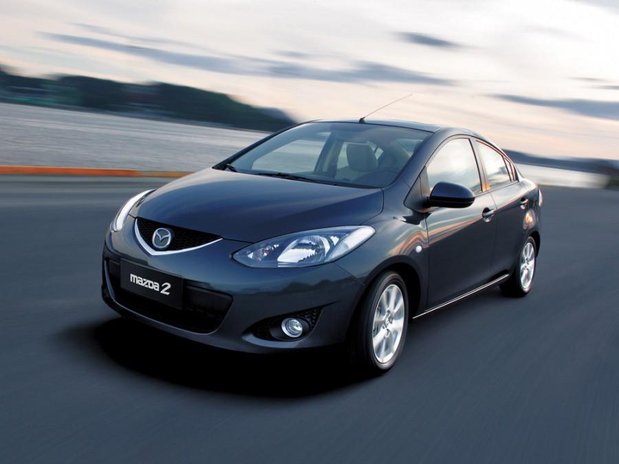 Mazda 2 седан, 2007–2010, 2 поколение - отзывы, фото и характеристики на Car.ru