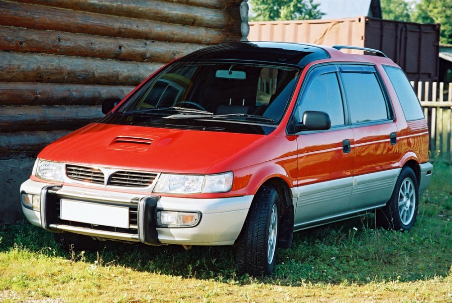 Mitsubishi Chariot, Абаза