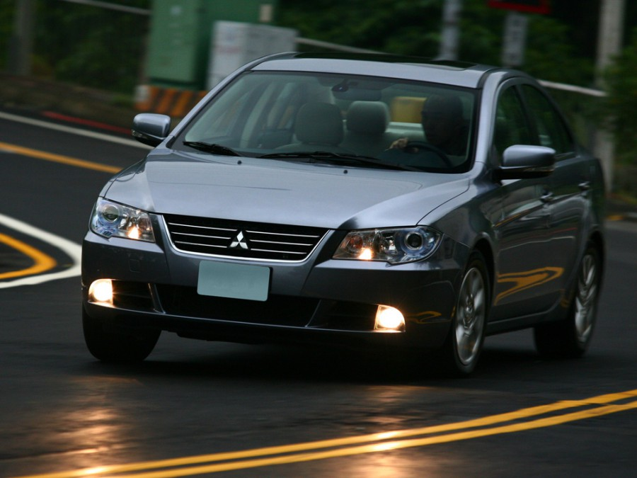 Mitsubishi Lancer Fortis седан 4-дв., 2007–2016, X - отзывы, фото и характеристики на Car.ru