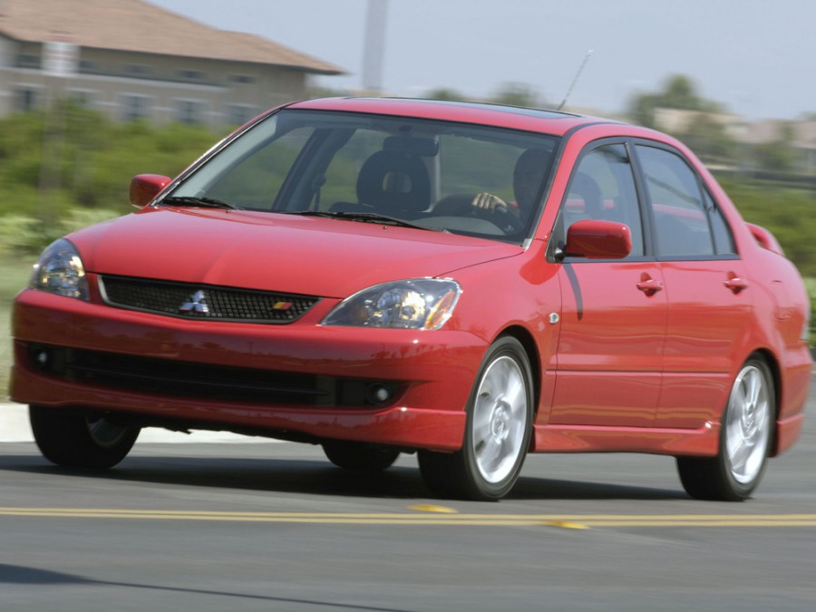 Mitsubishi Lancer Ralliart седан 4-дв., 2003–2005, 6 поколение [рестайлинг] - отзывы, фото и характеристики на Car.ru