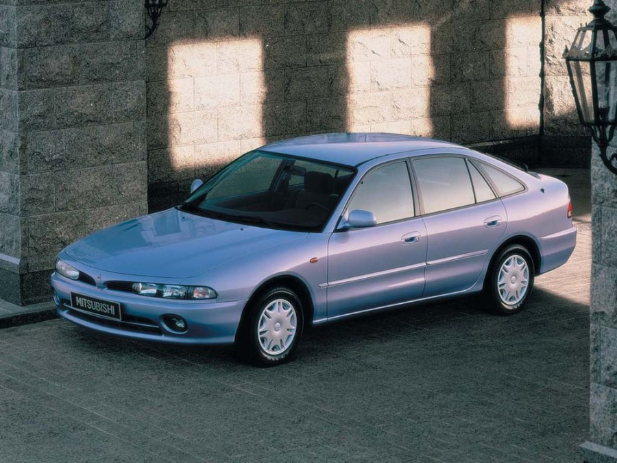 Mitsubishi Galant хетчбэк, 1992–1998, 7 поколение - отзывы, фото и характеристики на Car.ru